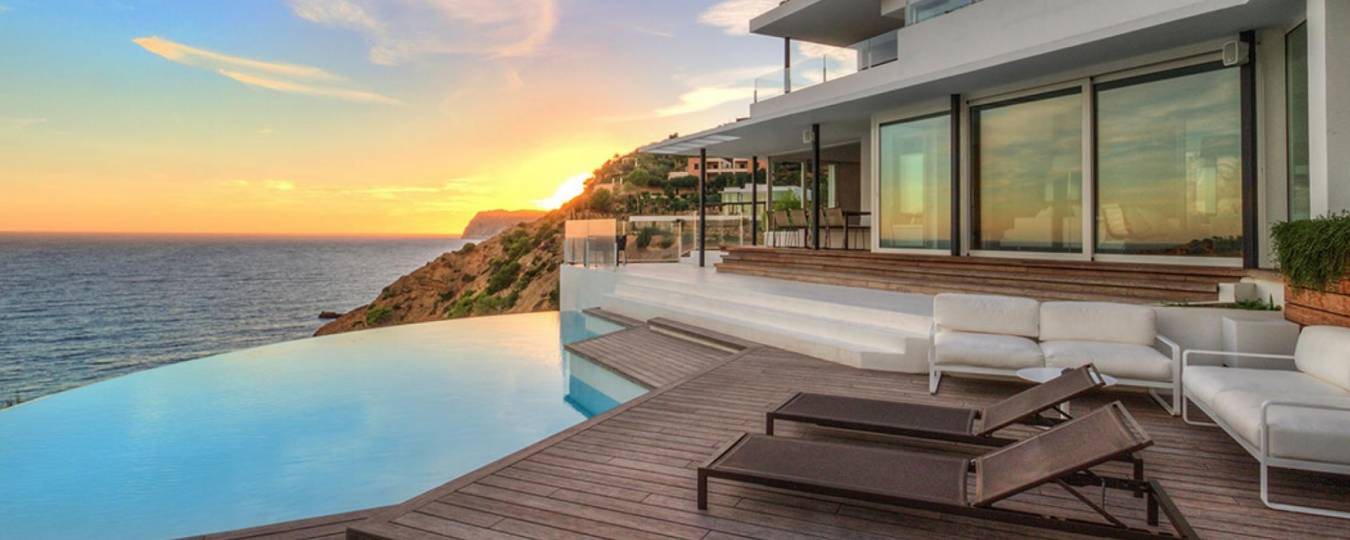 Infinity House Exterior with Pool and Ocean View