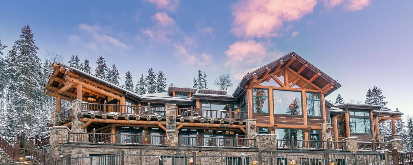 Autumn Ridge luxury vacation rental front view in Telluride