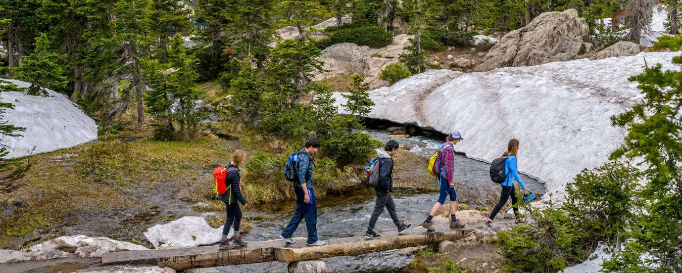 Group on scenic hike in Telluride