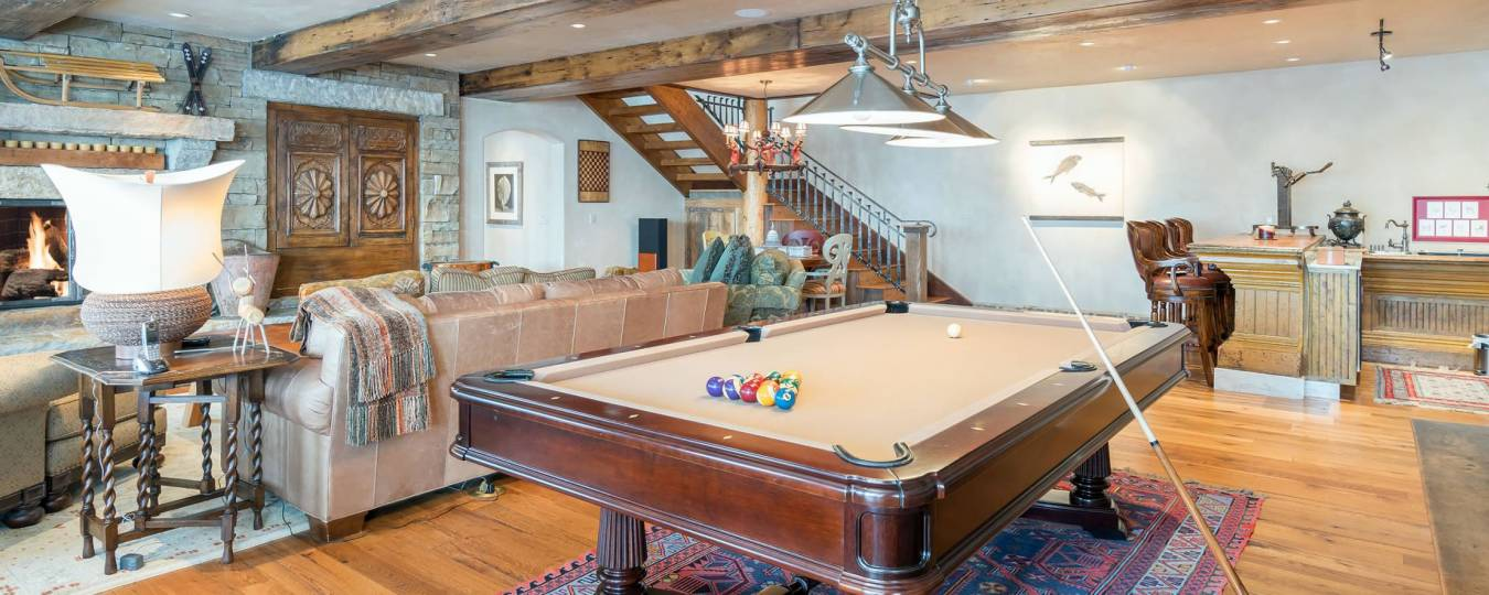 Luxury Telluride rental property with pool table