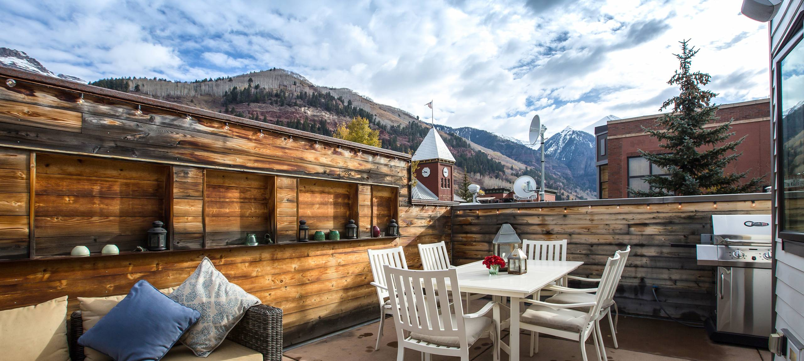telluride-meribel-penthouse-north-facing-deck-angle