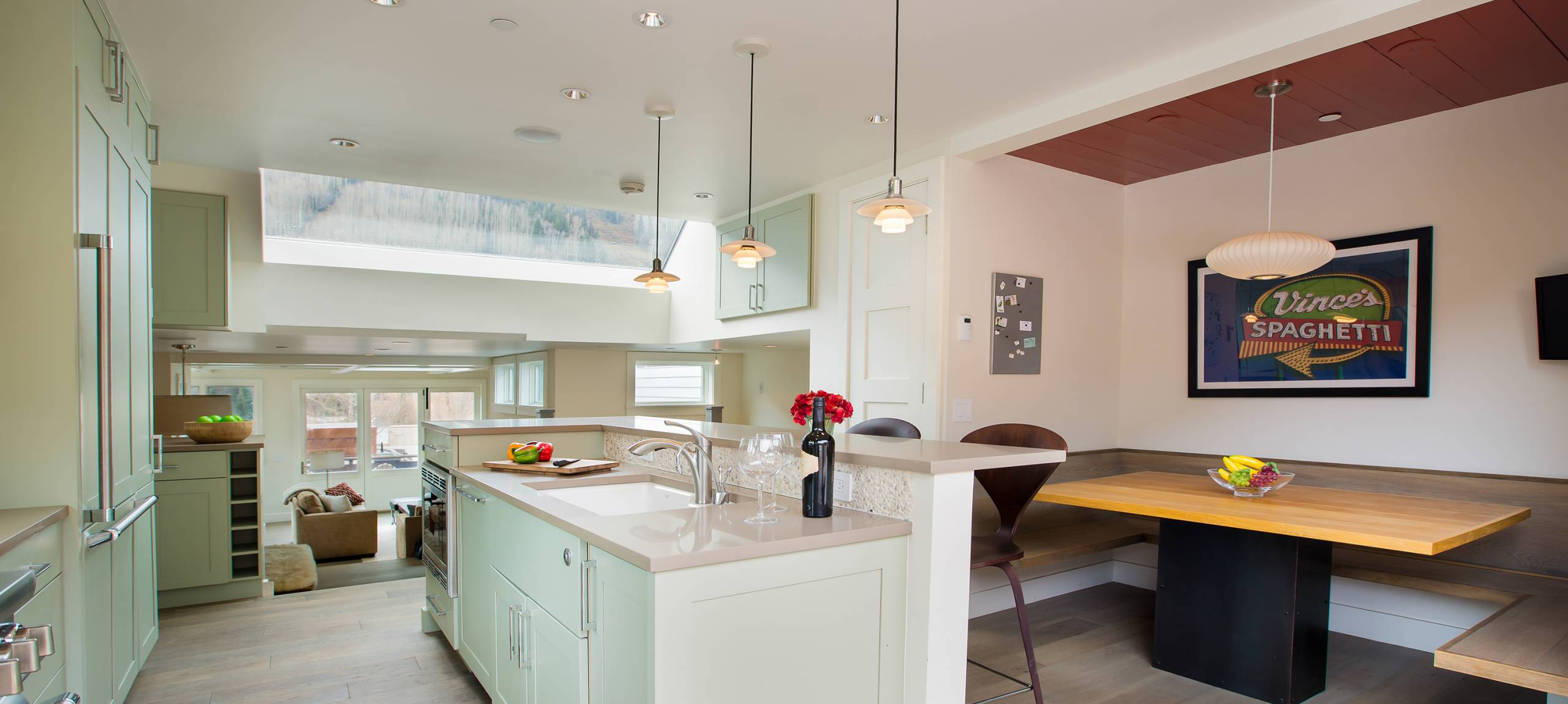 telluride-meribel-penthouse-kitchen-island
