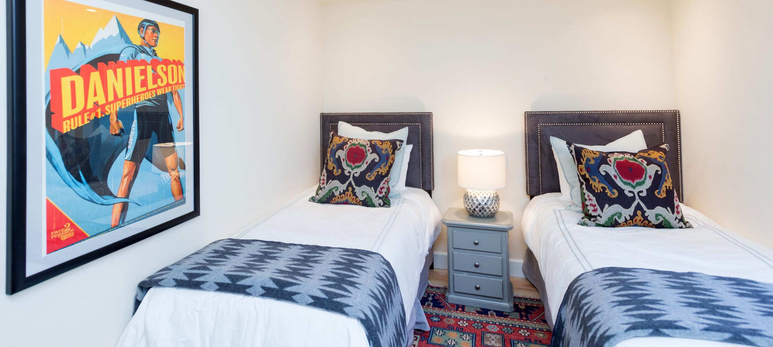 Telluride-rentals-christels-house-twin-beds
