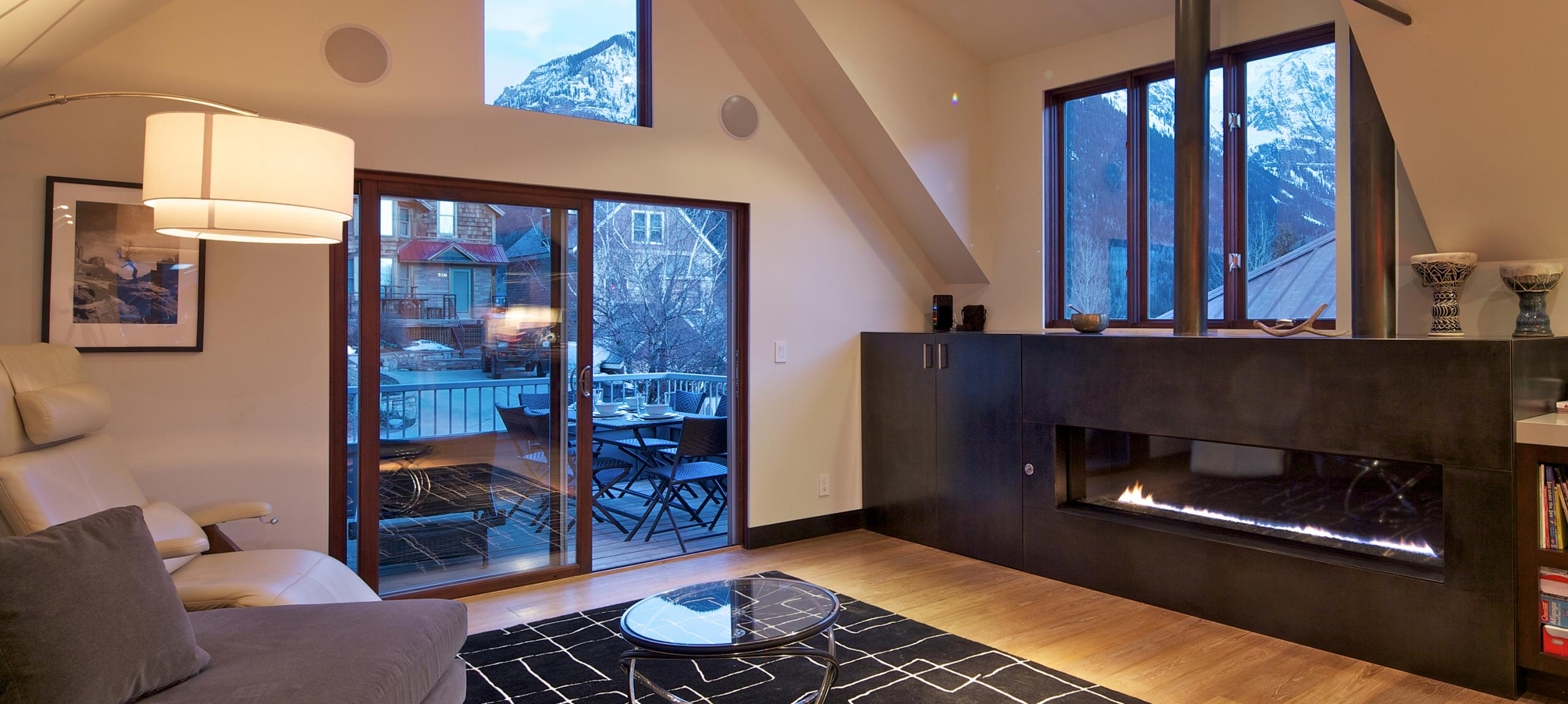 Telluride-rentals-north-willow-living-area