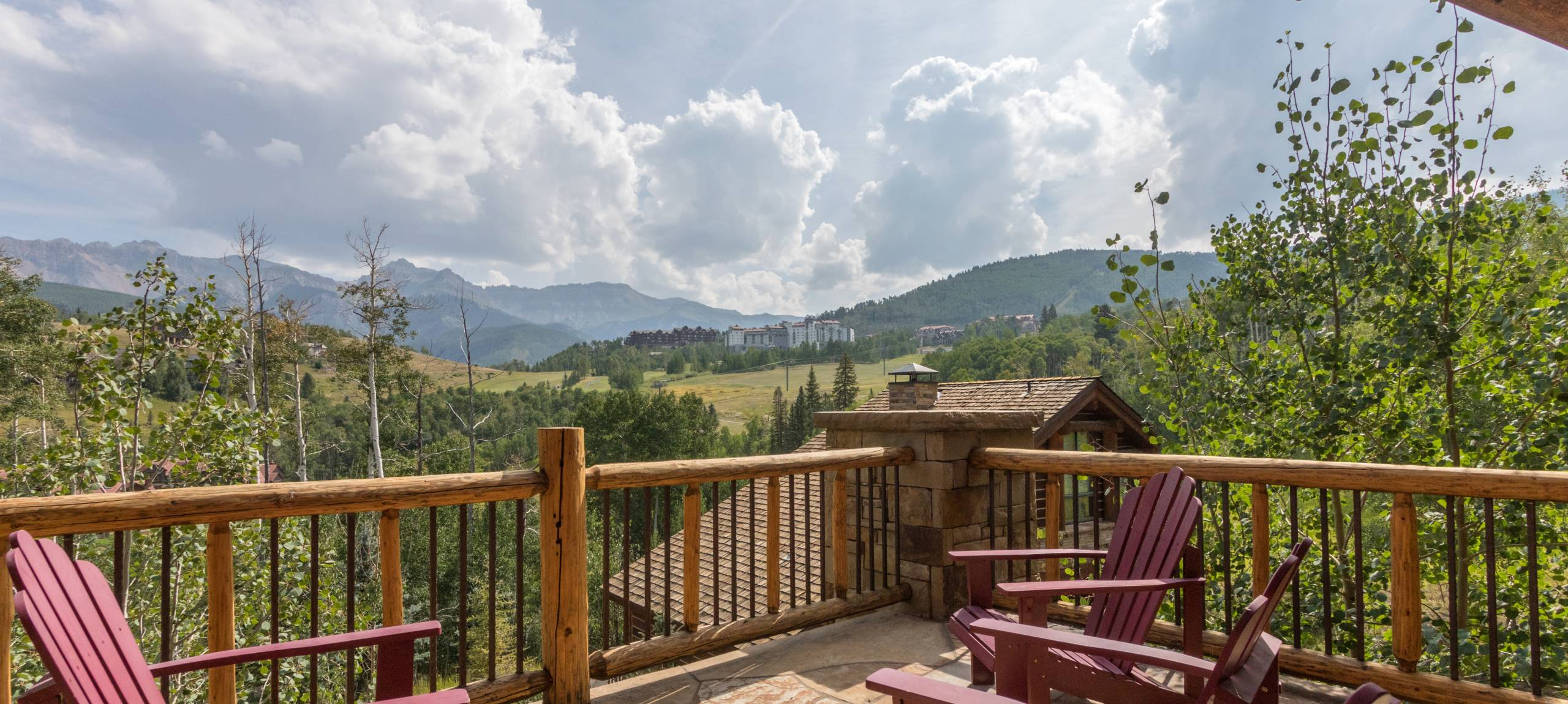 Telluride-Russell-Estate-Summer-Mountain-view-Balcony