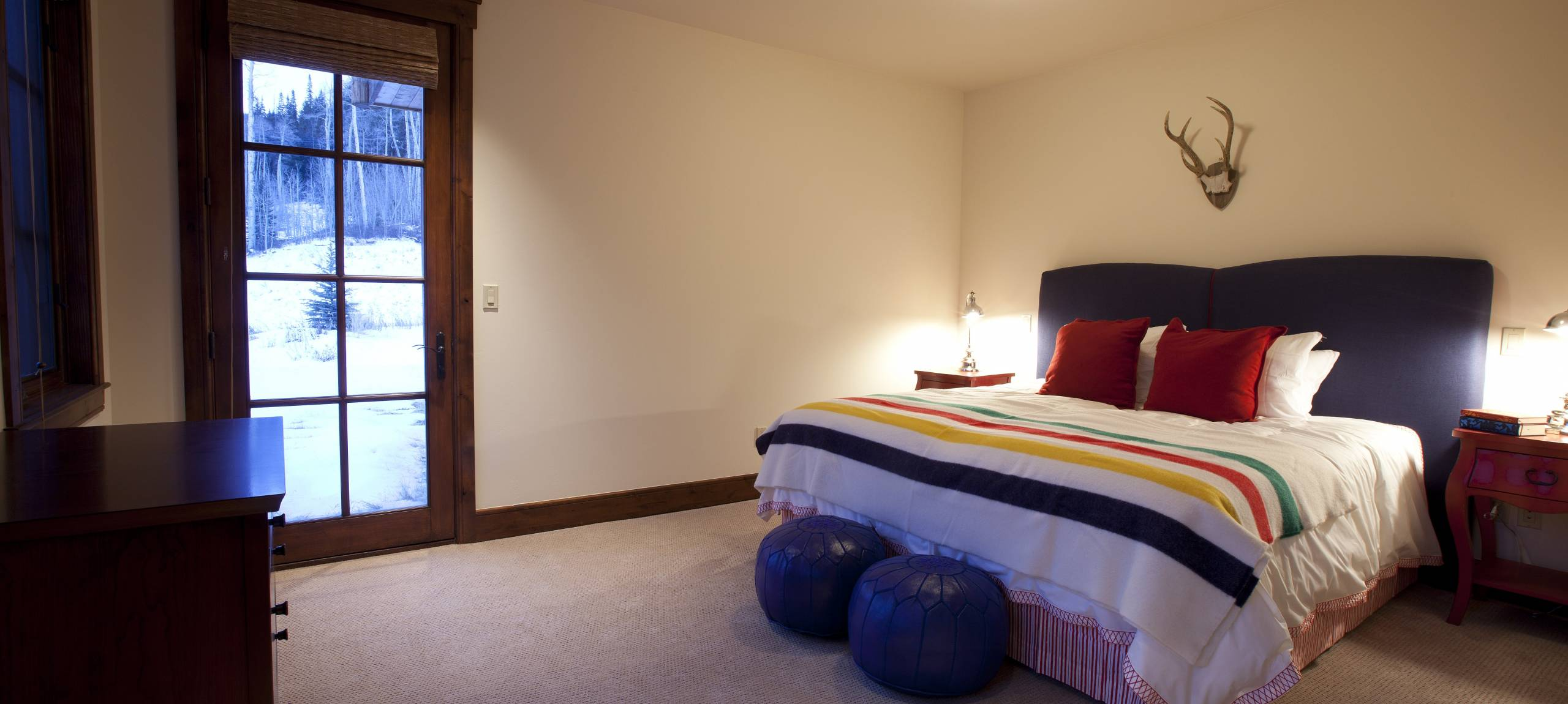 Telluride-Russell-Estate-Outside-Access-Bedroom