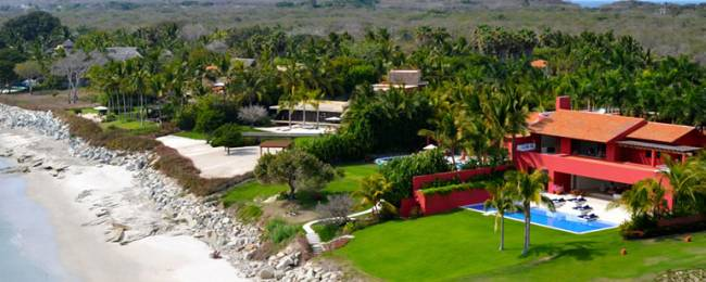 Villa Pacifica Aerial of House and Beach