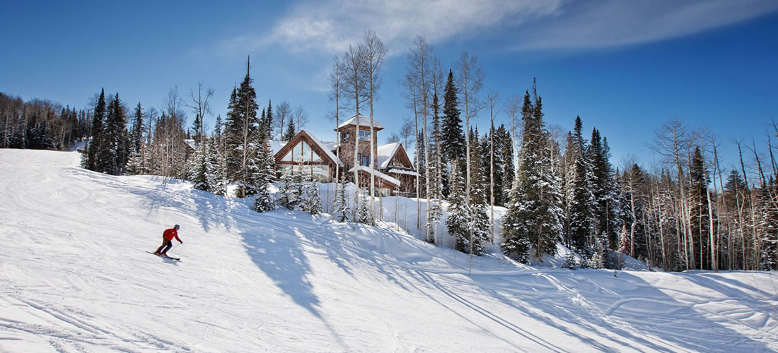 Luxury vacation rental home near ski slope